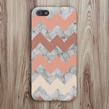 Peach x Beige x Zig-Zag Chevron Case for iPhone 6 6+ iPhone 5 5S 5C iPhone 4 4S and Samsung Galaxy S5 S4 & S3