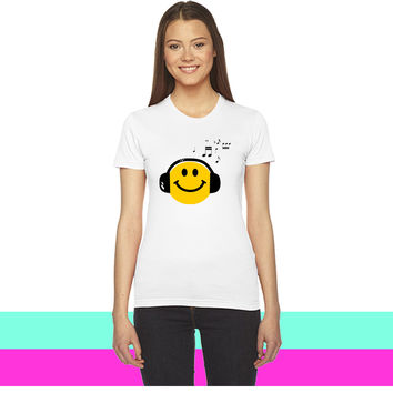 Music Love Smiley with Headphones_ women T-shirt