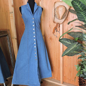 Denim maxi dress  size M 7 / 9 / long denim dress / sleeveless form fit jean dress / western boho long jean dress / Roughrider Circle T USA
