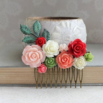 Bridal Hair Comb Bright Red Rose Comb Green and Pink Wedding Hair Piece Coral Floral Comb Patina Branch Hair Comb Bridesmaids Gift Flowers