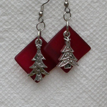 Christmas Tree Earrings, Red Sea Glass Diamonds with Tibetan Silver Charms, Fish Hook Earwires, Great Gift, Drops, Dangles