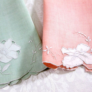 Madeira Linens Vintage Towels Embroidery Applique Peach Jadeite Green