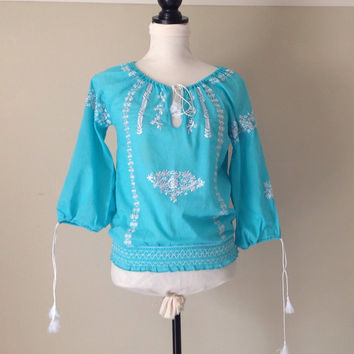 Peasant Top // Turquoise Cotton // White Embroidery // Elastic Waistband // Bohemian Chic // Women's Vintage Clothing//India