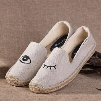 Soludos Wink Platform Smoking Embroidery Slipper Beige - Best Deal Online