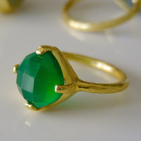 Green Onyx Gemstone Ring -  Brushed Gold Ring - Stackable Ring