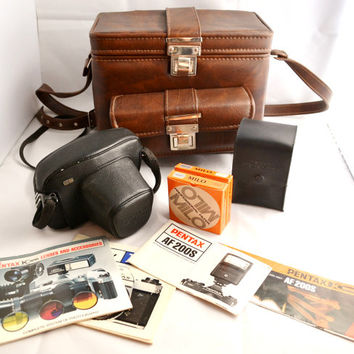 Asahi Pentax KX 35mm Film Camera with 55mm F1.8 Lens, Pentax Camera Case, Carrying Case, Pentax Manuals, AF200s Flash, 2 Milo Filters, 1970s