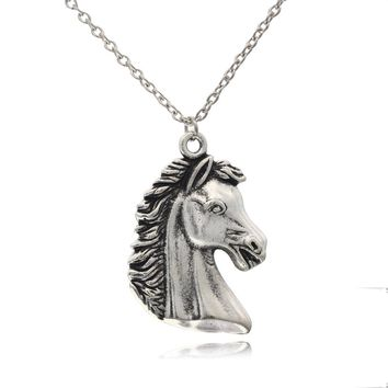 [$5 Minimum]2017 New Women Men Jewelry Stuff  Vintage Silver Tone Horse Head Pendant Short Necklace ED4404 Free Shipping