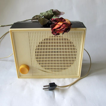 Radio-speaker subscriber Ob-302, Soviet State Radio, Retro Old Audio made in USSR, Country Home Decor