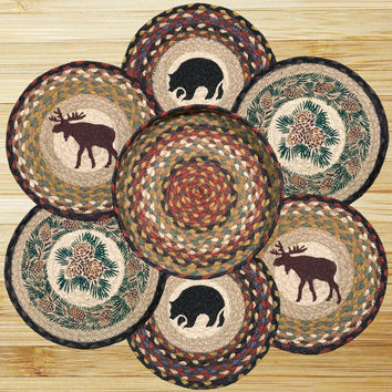 Wilderness Round Trivets in a Basket (Set of 7)