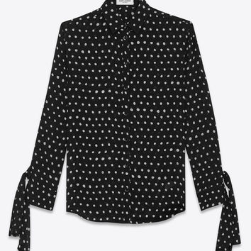 Shirt with long tied sleeves in black viscose crepe with white polka dots