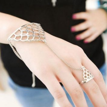 Fashion of fatima finger ring hand chain harness slave women New Multi Chain Punk style Harness Finger Bangles For Women-0406