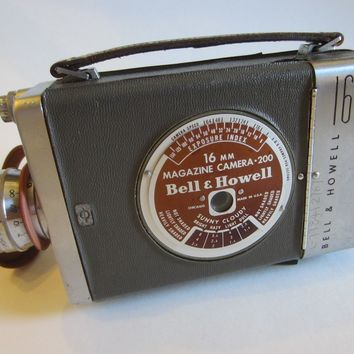 Bell Howell Magazine Camera Mid Century 16 MM Taylor Chicago USA