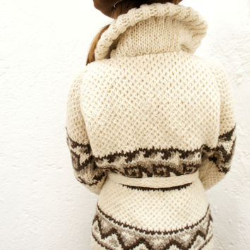 Wool Roll Neck Mexican Sweater in Cream Diamond Pattern