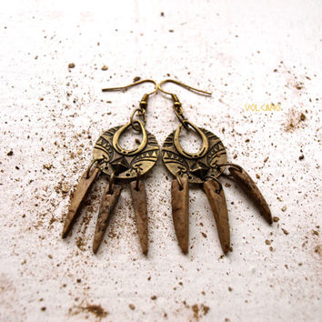 Coconut shell spike earrings - Volcano Store