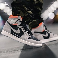 Air Jordan Mid AJ1 Retro High-Top Men's and Women's Suspension Sports Basketball Shoes
