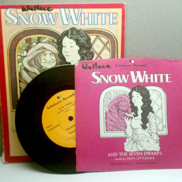 Snow White Vintage Childrens Book and Record by VintageWoods