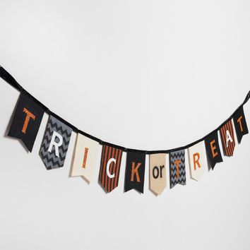 Trick or Treat Burlap Garland