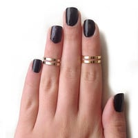 Love Double Knuckle Rings in Gold - set of 2 midi rings - gold midi ring set
