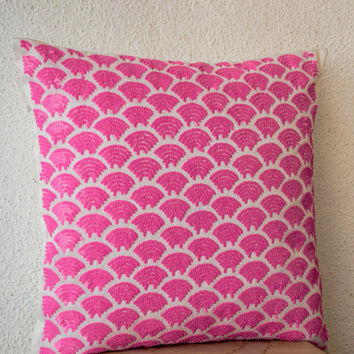 Pink sequin pillows with embroidered waves - Sashiko pillow covers - Pink Cushion cover zipper - Throw pillow - gift - 18x18 - Pink pillows