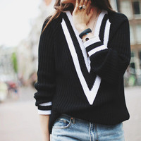 Fall Fashion Sweater Deep V Neck Black and White Loose Sweater