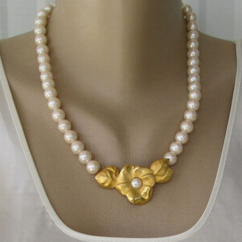 Givenchy Pearl Necklace Flower Accent Vintage Wedding Designer Jewelry