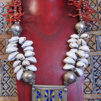 Berber Tribal Necklace with Old Pure Silver Amuletbox,  Coral & Kauri Shelss , Morrocan Sahara
