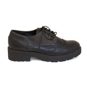 Wanted Grand - Black Wing-Tip Chunky Platform/Heel Oxford