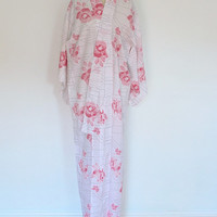 Vintage Summer Kimono / White Pink Floral Ikat / Cotton Robe Yukata / Size Medium Large Tall M L XL