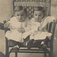 Brothers Boys Twins Portrait Dallas Texas cabinet card