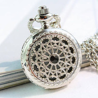 Pocket Watch Victorian Retro Style Necklace Locket Pendant Chain Silver (PWAT0103)
