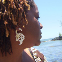 Fake gauge , Natural White Bone , Stick Gauge Earrings ,Anela hawaii  hand craved
