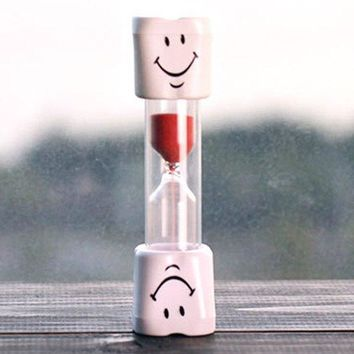 Smiling Face 5 Minute Toothbrushing Timer Hourglass For Kids