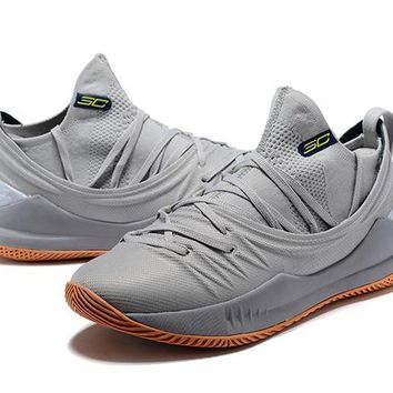 Under Armour Ua Curry 5 Cool Gray Basketball Shoe   Best Deal Online