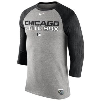 Chicago White Sox Nike Gray Authentic Collection Legend Three-Quarter Sleeve Raglan T-Shirt