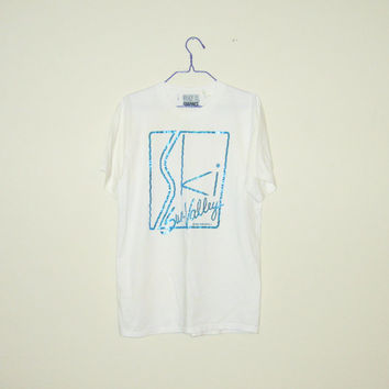 Vintage 80's Deadstock Sun Valley Skiing White T-Shirt - Size LARGE