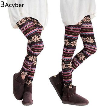 ONETOW Winter Girl Warm Colorful Print Thick Cotton Blends Fitness Skinny Leggings 2016 HOT SEXY Women Snowflakes Leggings Plus Size u2
