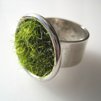 Green Grass Ring in Silver wide Adjustable Band