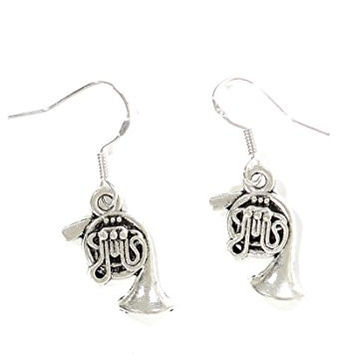 French Horn Dangle Earrings Vintage Silver Tone Musical Instrument EG21 Fashion Jewelry