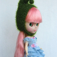 Blythe doll hat green, soft and fluffy, knitted hat, blythe helmet, blythe hat gnome, blythe clothes, blythe outfit