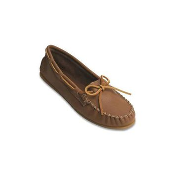 ONETOW Minnetonka Smooth Leather Moc - Women's