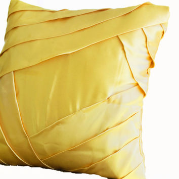 Premium pillows in yellow satin with luxurious pleats - Sateen cushion cover - yellow throw pillows - Christmas decor - Couch pillow - Gifts