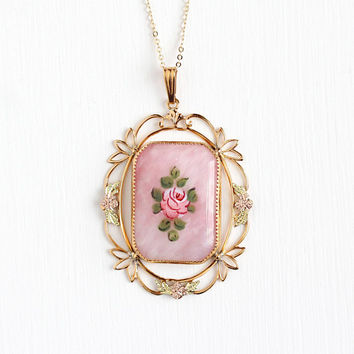 Vintage 12k Rosy Yellow Gold Filled Marbled Pink Glass Stone Flower Pendant Necklace - 1940s Enamel Rose Floral Filigree Statement Jewelry