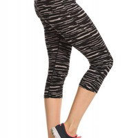 Stylish Space Dye Print Athletic Capris With Black Waistband
