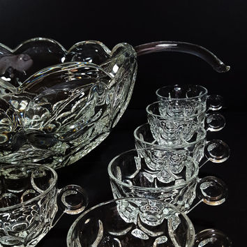 Vintage HEISEY Whirlpool Elegant Glass PUNCH BOWL Set 14 Pieces Service For 12 Heavy Bowl Ladle 12 Cups Perfect For Weddings 5 Quart Massive