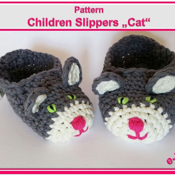 "Children Slippers ""Cat"" Pattern"