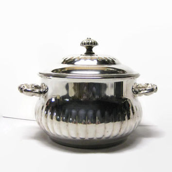 Vintage Leonard  Bright & Shiny Silver Plate Lidded Bowl with Handles