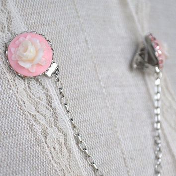 Vintage Style Creamy White Rose and Petal Pink Sweater Guard Clip in Silver Tone, Collar Clip