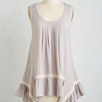 Long Sleeveless The Fate Outdoors Top in Fog