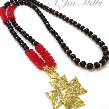 Dark Wood Beaded Necklace, Long Wood Necklace, Red Bead Necklace, Hammered Pendant Necklace, Gold Hammered Pendant