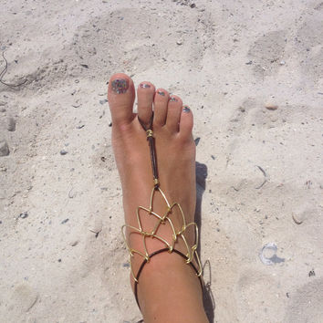 Toe Jam Wire and leather ankle bracelet by brezeart on Etsy
